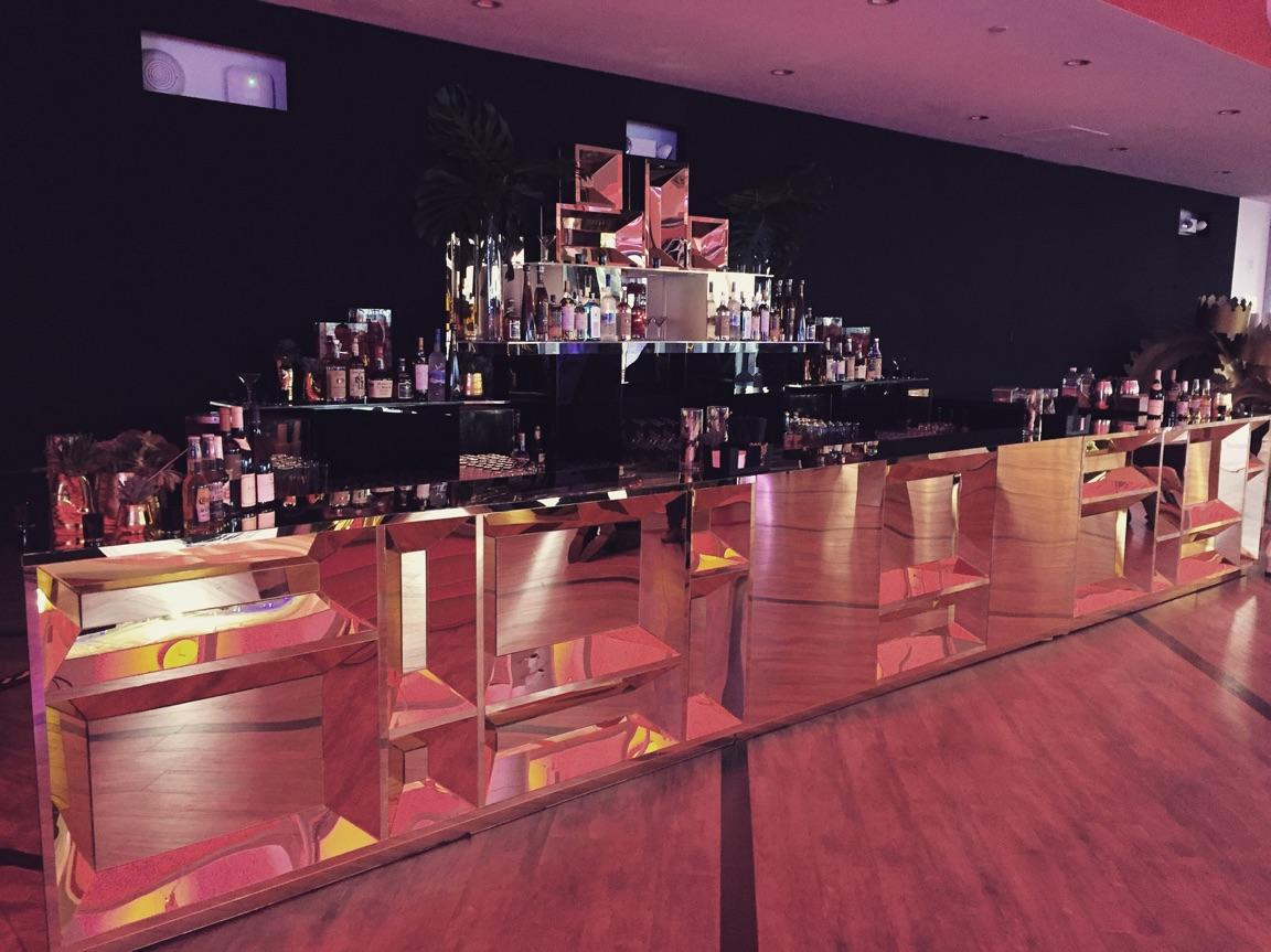 Luxe Party Rentals, Tables, Chairs | Rochester, MI ...